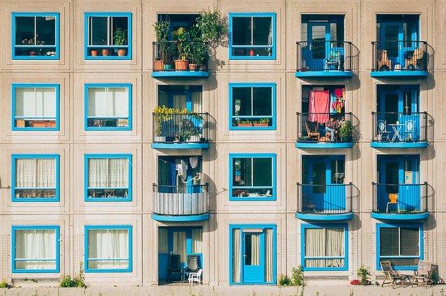Jak urządzić balkon w bloku mieszkalnym