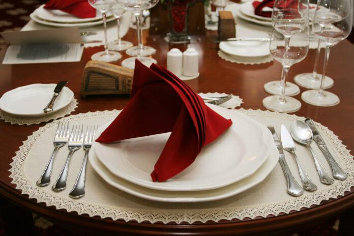 Czym cechują się sztućce gastronomiczne?