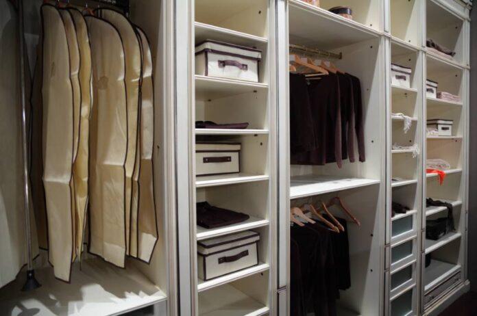 Jaką szafę wybrać do przedpokoju?